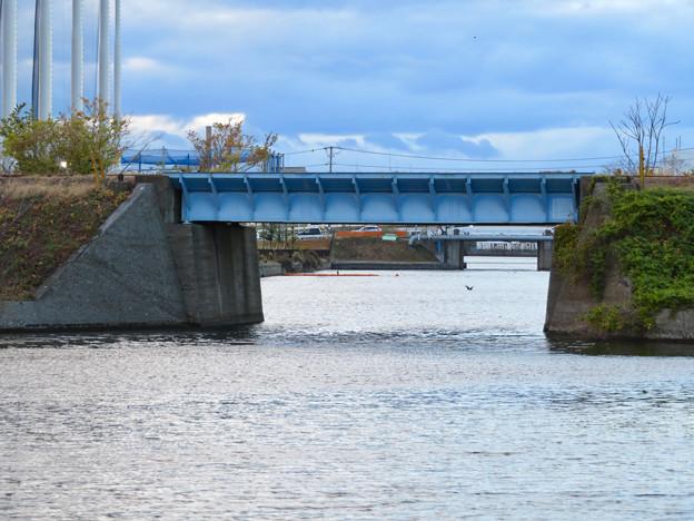 ららぽーと名古屋みなとアクルス前乗船場前から中川運河へと通じる水路 - 3