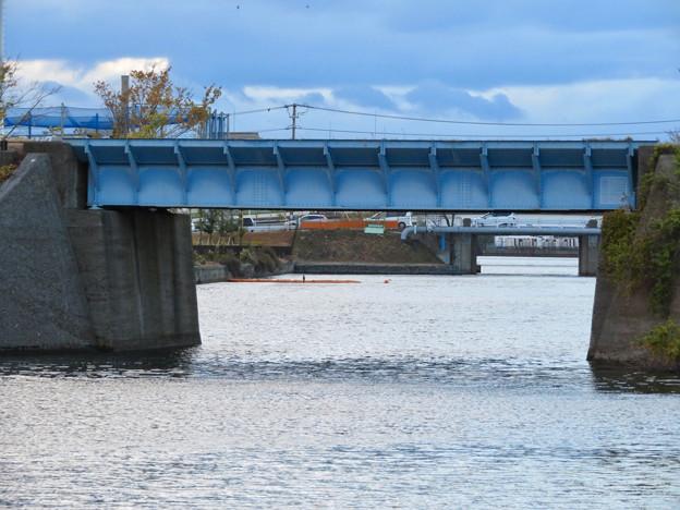 ららぽーと名古屋みなとアクルス前乗船場前から中川運河へと通じる水路 - 4