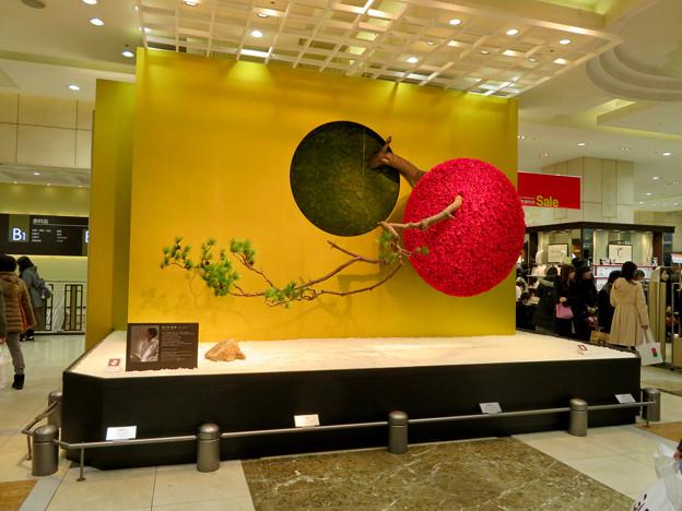 ジェイアール名古屋タカシマヤ1階の正月デコレーション