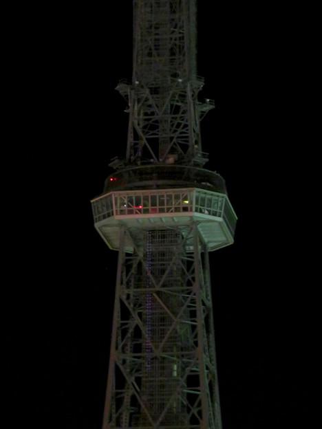 改修工事のためイルミネーションが消えてた名古屋テレビ塔(2019年1月13日) - 11