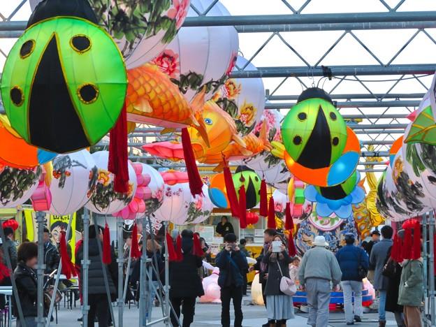 名古屋中国春節祭 2019(昼間)No - 7:カラフルで色んな形をしてた提灯