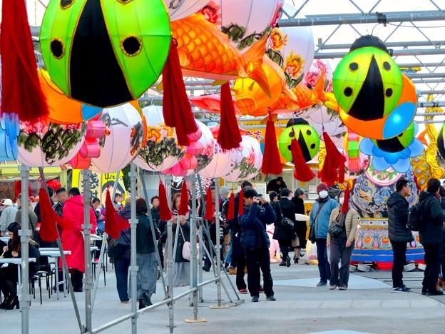 名古屋中国春節祭 2019(昼間)No - 8:カラフルで色んな形をしてた提灯