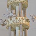 お菓子の城 No - 33:世界一の大シュガーウェディングケーキの天使