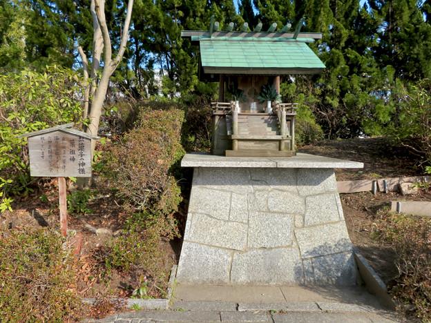 お菓子の城 No - 58:お菓子の神様「菓祖神」