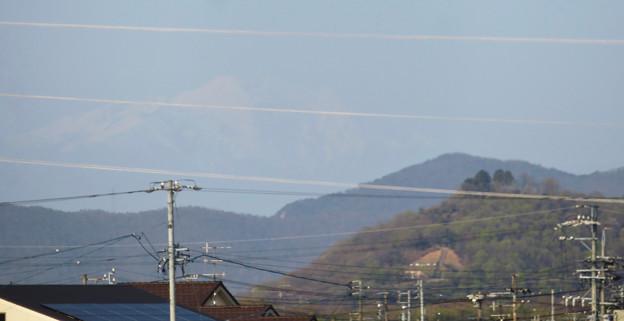 木曽川沿いから見えた、たぶん御嶽山 - 2