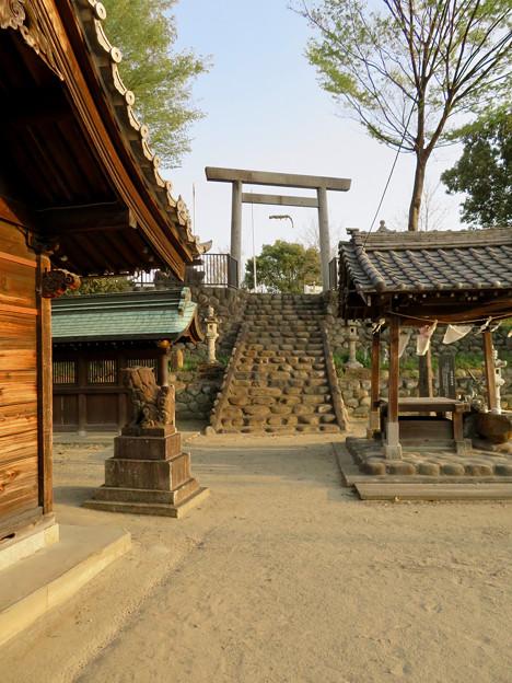 黒岩石刀神社 - 8