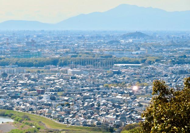 尾張戸神社の展望台から見た景色 - 8:小牧方面