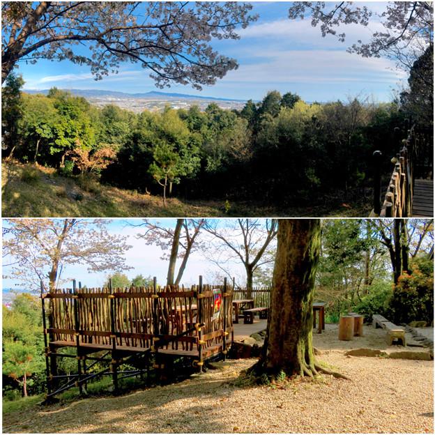尾張戸神社の展望デッキから見た瀬戸方面の景色 - 6