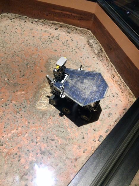 名古屋市科学館 天文館の展示 - 8:火星用ローバーの模型?