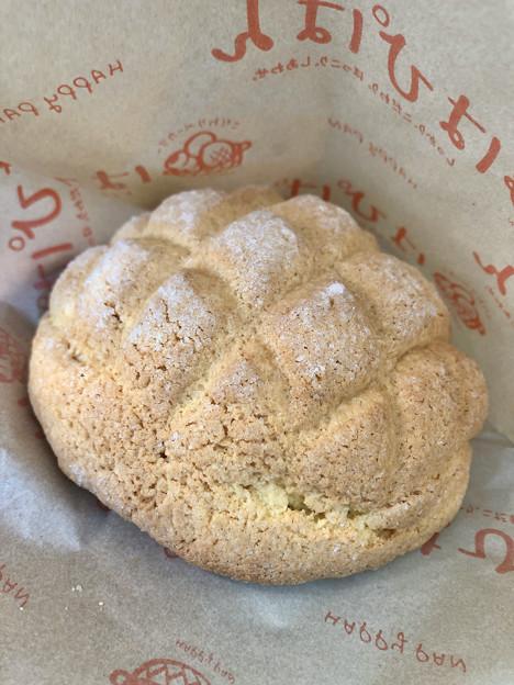 大須商店街のメロンパンのお店「はぴぱん」の「プレミアムメロンパン」 - 2