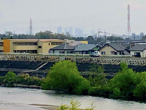 下志段味橋から見えた名駅ビル群