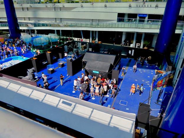 オアシス21で開催中の「ゴジラ・ウィーク・ナゴヤ」 - 1:上から見下ろした会場内
