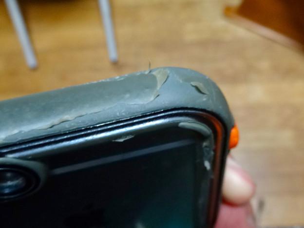約1年半使った「Catalyst Case for iPhone 6s」 - 12
