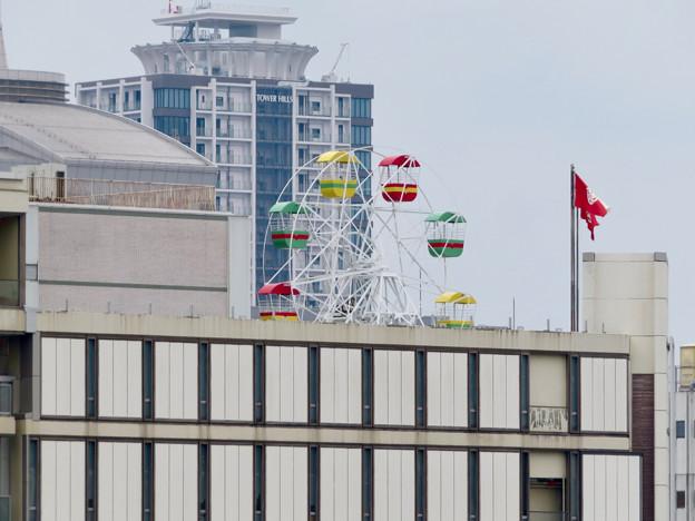 オアシス21「水の宇宙船」から見た名古屋三越栄店の屋上観覧車 - 1