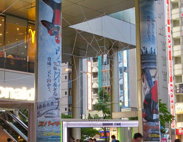 サンシャイン栄:スパイダーマンコラボのデコレーション - 3
