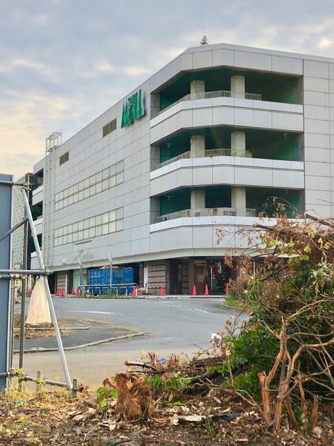 解体工事が始まっていた旧ザ・モール春日井の建物(2019年6月18日) - 6