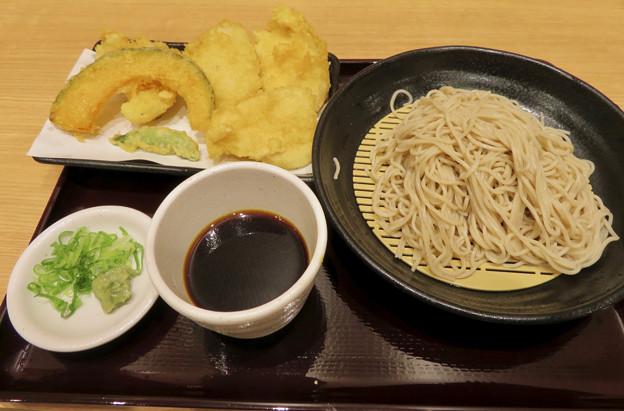 大須商店街:天ぷらとソバが美味しかった「はね天」 - 1