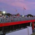 日本ライン夏まつり納涼花火大会の日の犬山成田山 - 11:花火の打ち上げを待ってる人たち