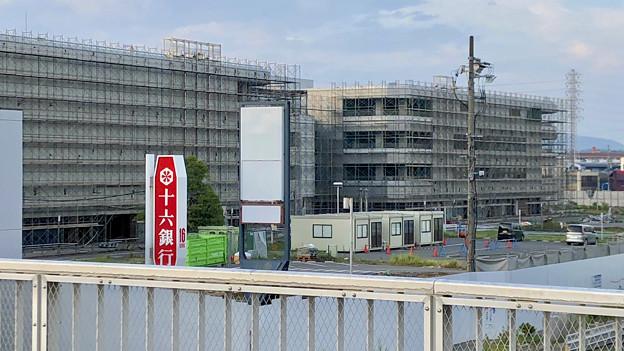解体工事中の旧・ザ・モール春日井(2019年8月16日) - 23:マクドナルド ザ・モール春日井店の建物がなくなる