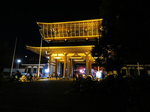 東別院 御坊夏まつり 2019 No - 1:ライトアップされた山門