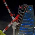 Photos: 巨大クレーンと夜で青く輝くスパイラルタワーズ - 4