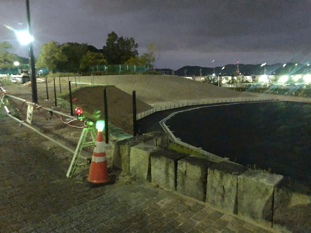 桃花台線の桃花台中央公園撤去工事(2019年9月11日):車両基地に入る部分だった撤去場所の舗装 - 1
