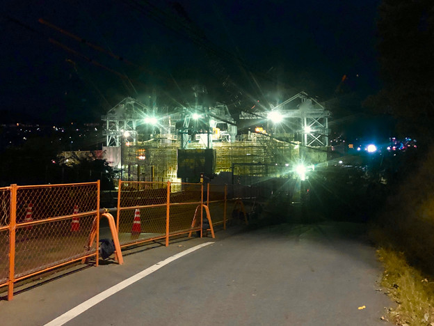 国道19号沿いから見た夜のリニア関連工事現場 - 1