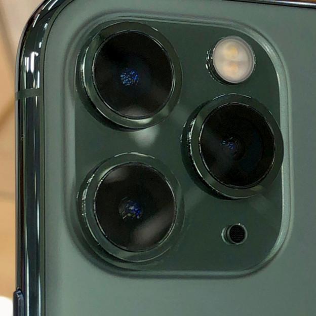 iPhone 11 Pro Max ミッドナイトグリーンモデル No - 4:背面カメラ