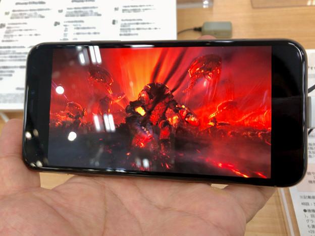iPhone 11 Pro No - 8:TVアプリで動画再生