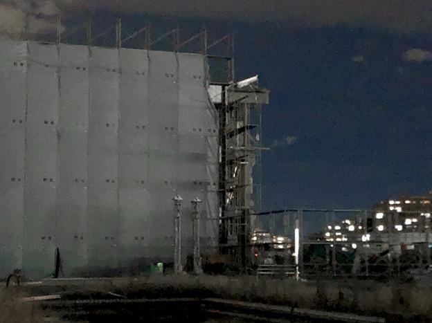 解体工事中の旧・ザ・モール春日井(2019年10月8日):ステンドグラスの東側部分が撤去 - 4