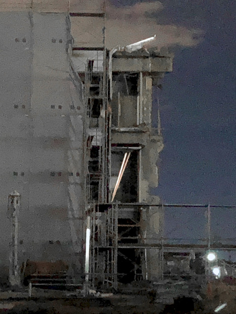 解体工事中の旧・ザ・モール春日井(2019年10月8日):ステンドグラスの東側部分が撤去 - 5