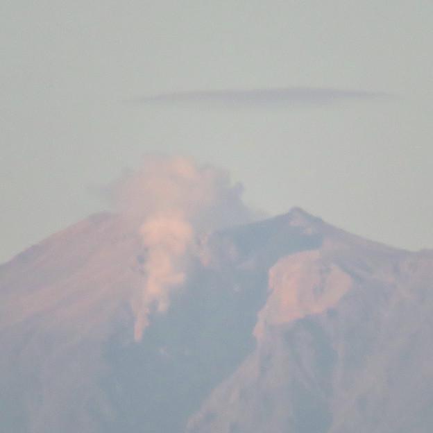 東山スカイタワーから見た御嶽山:噴煙と笠雲(レンズ雲)? - 5