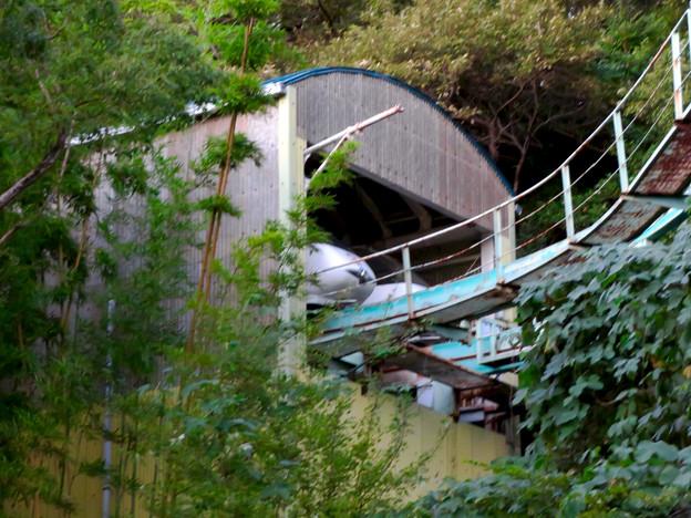 東山動植物園スカイビュートレインの車両基地? - 2