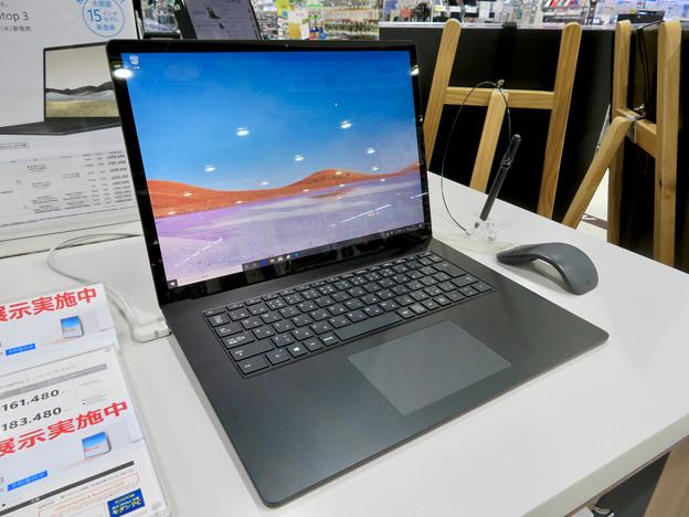 先行展示されてた「Surfacae Laptop 3 15インチ」 - 2