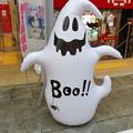 大須商店街のゲーセン前に置いてた可愛らしいゴーストのハロウィン装飾