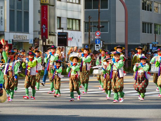 名古屋まつり 2019:パレードの先頭を歩く子どもたち - 2