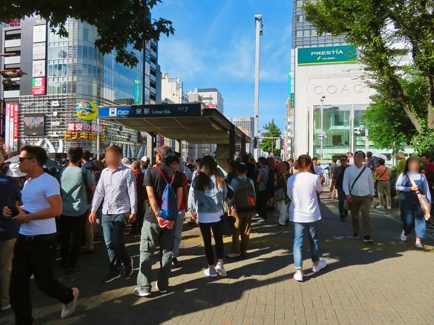 名古屋まつり 2019:大勢の人で賑わうパレード通行中の大津通 - 1