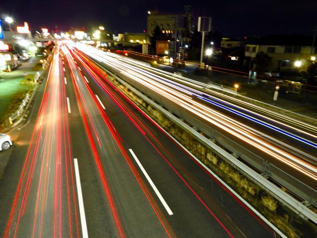 国道19号を走る車の光跡(SX730HSで撮影、8秒、F6.3、ISO 80) - 7