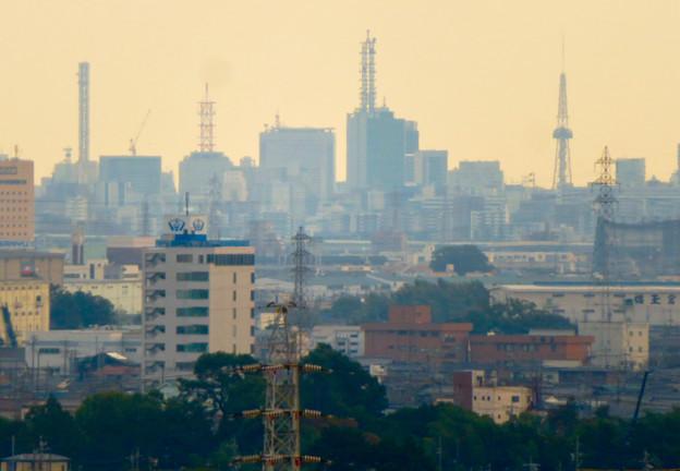 すいとぴあ江南から見たNTTドコモ名古屋ビルと名古屋テレビ塔 - 1