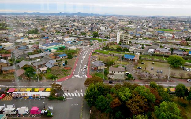 すいとぴあ江南スカイルームから見た景色 - 7:建物正面、扶桑・犬山方面