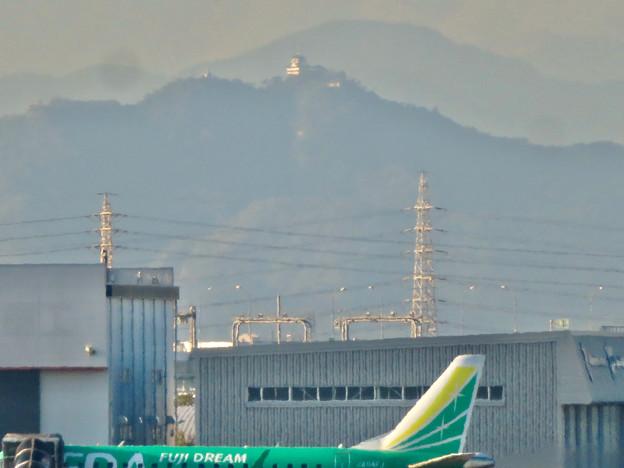エアフロントオアシス春日井から見た岐阜城・金華山 - 2