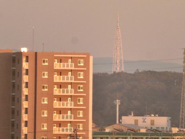 エアポートウォーク3階から見た景色 - 1:瀬戸デジタルタワー