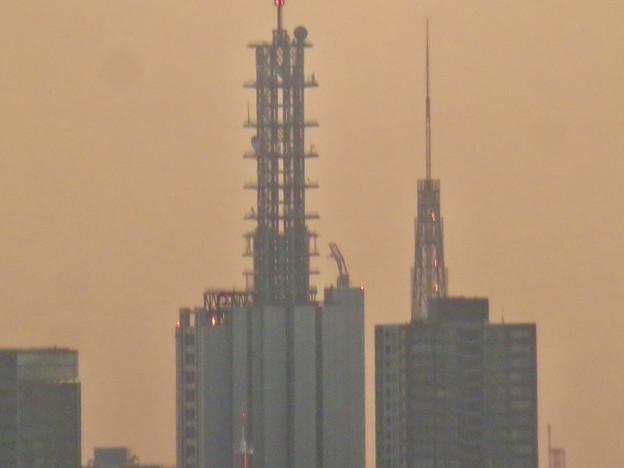 エアポートウォーク3階から見た景色 - 9:NTTドコモ名古屋ビルと名古屋テレビ塔