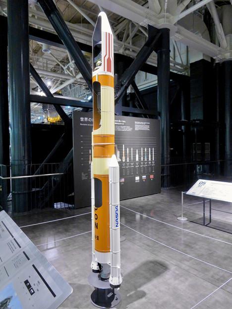 岐阜かかみがはら航空宇宙博物館 No - 151:H2ロケットの20分の1模型