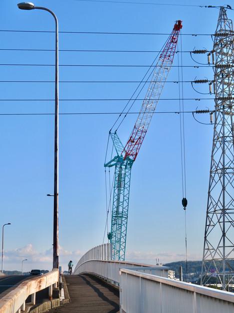 Photos: 神領車両区近くに建設中の丸い建物 - 3