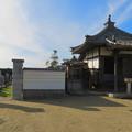 Photos: 中山道 間の宿 新加納 No - 27:少林寺の本堂横にあるお堂