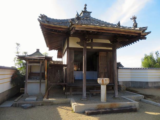 中山道 間の宿 新加納 No - 28:少林寺の本堂横にあるお堂