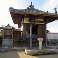 Photos: 中山道 間の宿 新加納 No - 28:少林寺の本堂横にあるお堂
