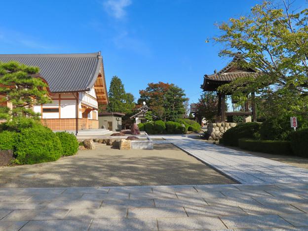 中山道 間の宿 新加納 No - 30:少林寺の境内