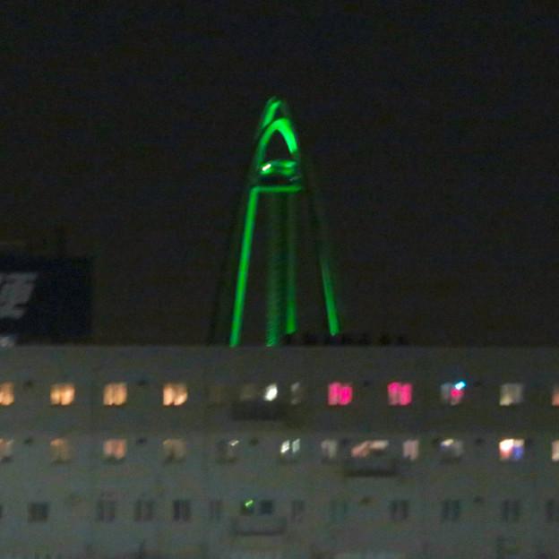 イオンモール各務原最上階駐車場から見た夜景 - 2:ツインアーチ138